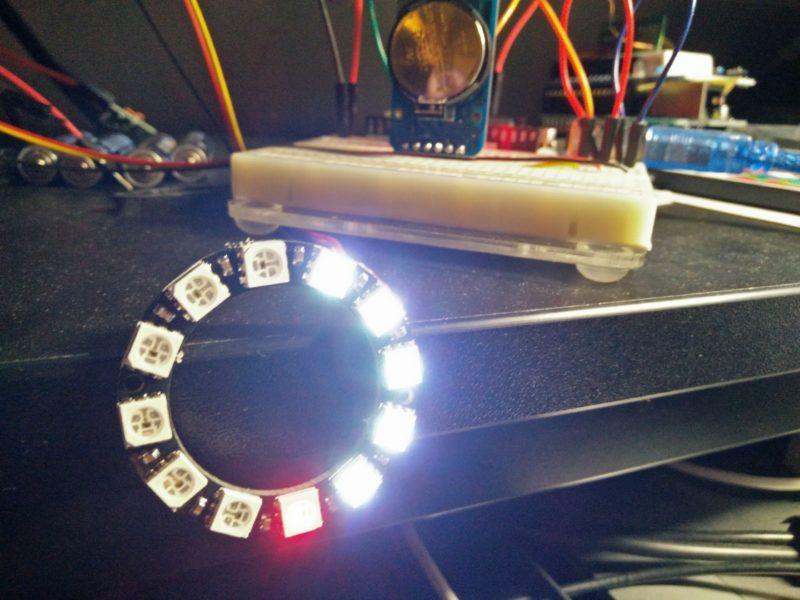 Kleine Lichtspiel-Uhr mit Arduino und Neopixels