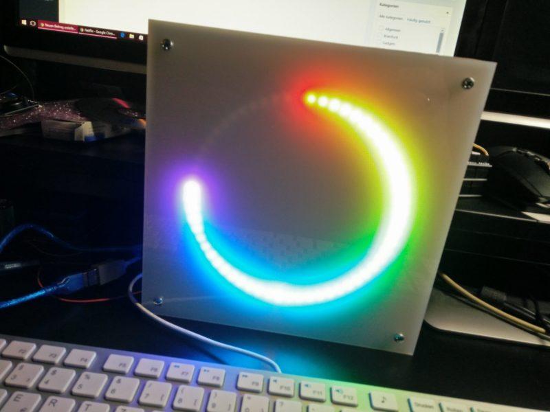 Große Lichtspiel-Uhr mit Arduino und Neopixels