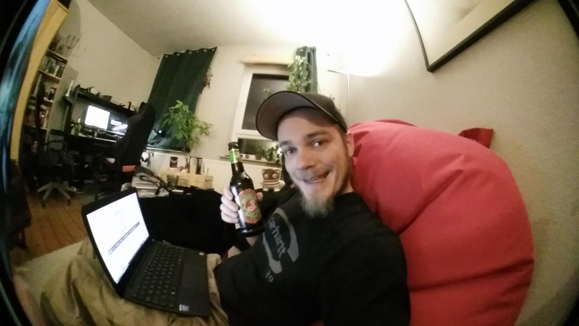 AUKEY PL-WD02 Selfie-Cam v. OnePlus X