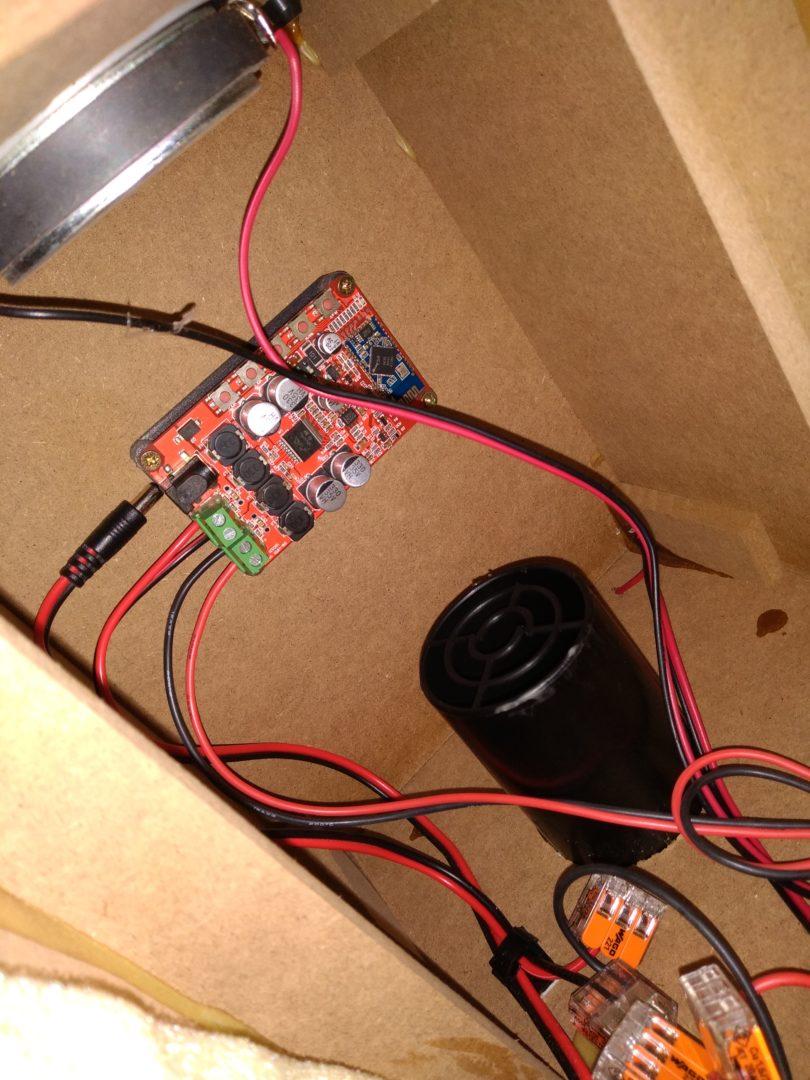 Bluetooth-Board im Gehäuse